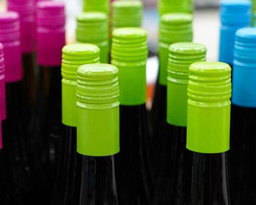 スクリューキャップを使用したワイン